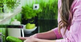 txn. Eigenheimbesitzern wird empfohlen, ihre Trinkwasser-Installation regelmäßig durch einen SHK-Fachbetrieb überprüfen zu lassen. ZVSHK-Foto: biker3/fotolia
